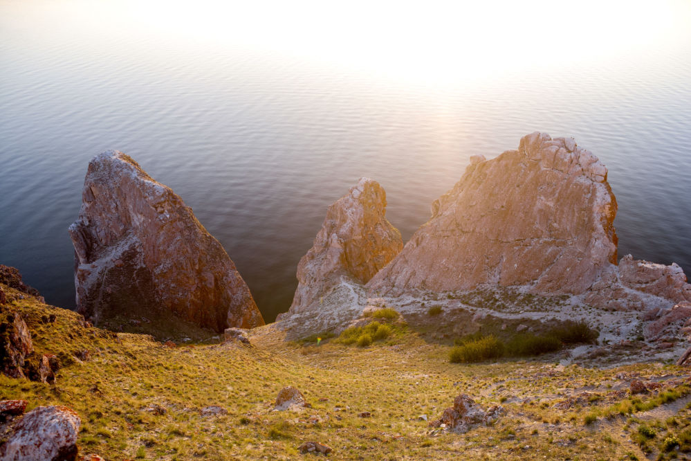 Półwysep Sagan-Huszun na wyspie Olchon i cieśnina Morza Małego