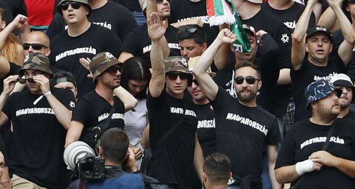 Węgierscy kibice na meczu Islandia-Węgry na Euro-2016