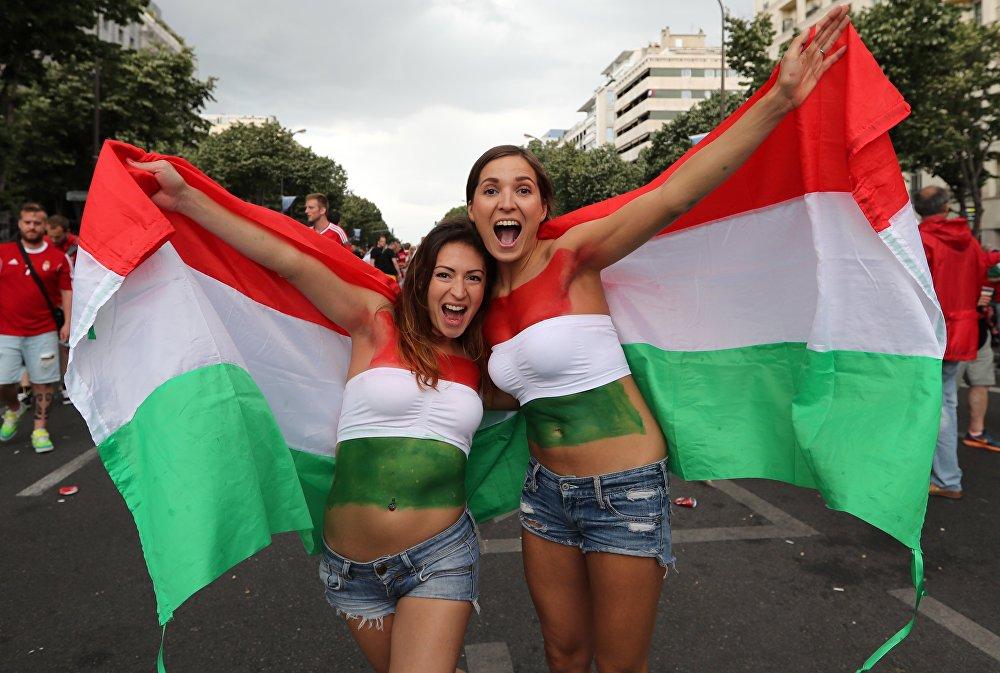 Węgierskie kibicki na Euro 2016