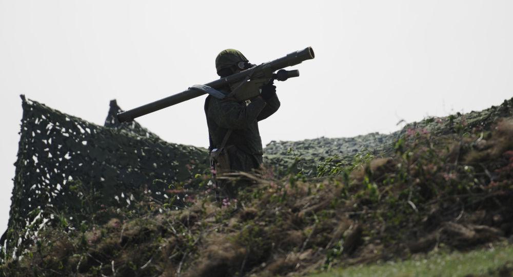 Ćwiczenia wojskowe w ŁRL