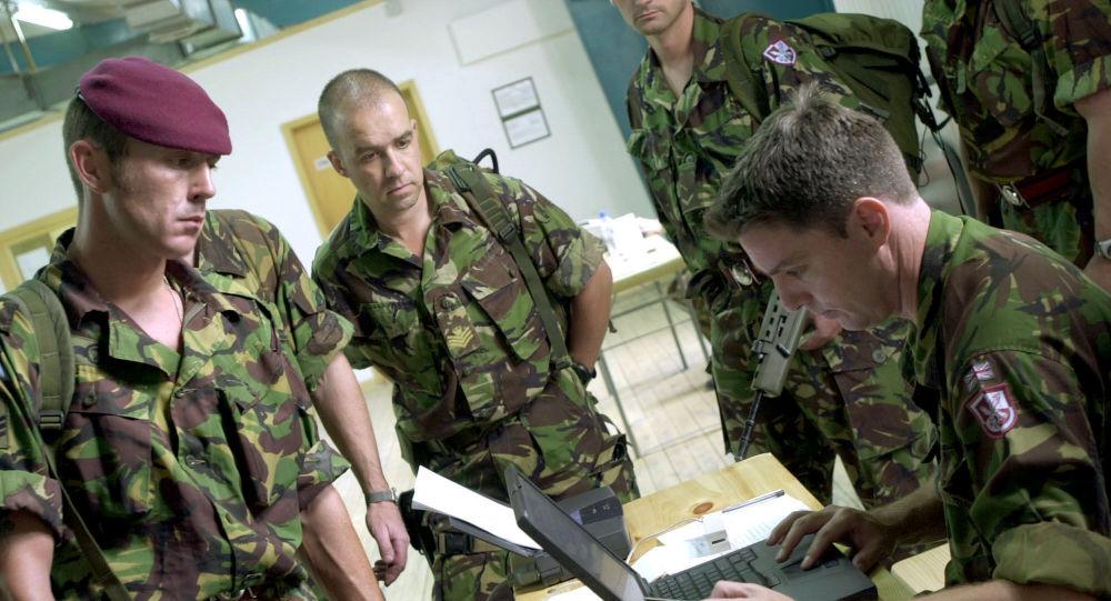 Brytyjscy wojskowi podczas ćwiczeń