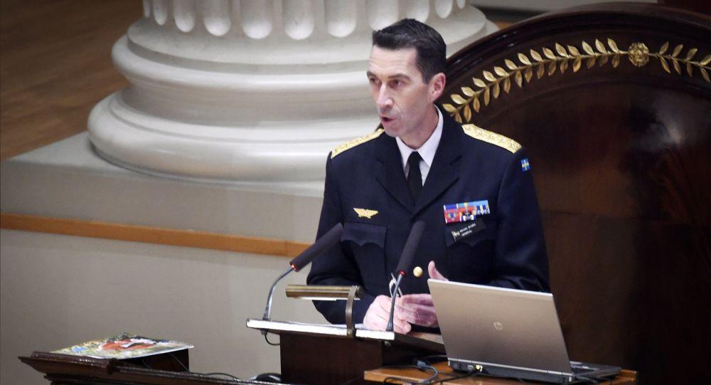 Naczelny dowódca Szwecji Mikael Buden