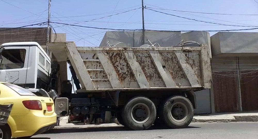 Daesh w Mosulu zabiera ludziom anteny satelitarne