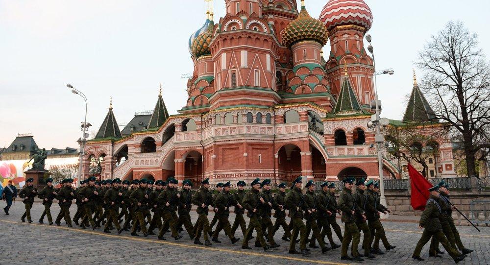 Próba generalna przed paradą wojskową z okazji Dnia Zwycięstwa w Moskwie