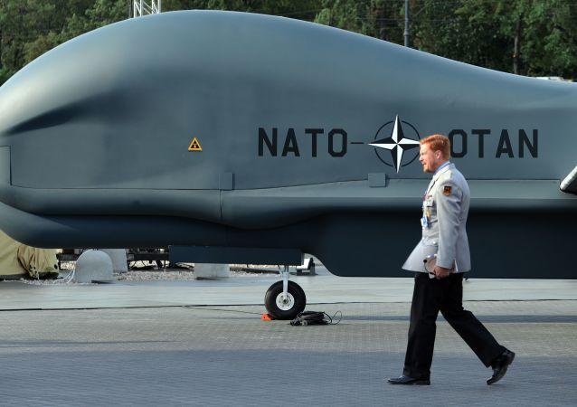 Dron NATO Global Hawk Block 40 w Warszawie