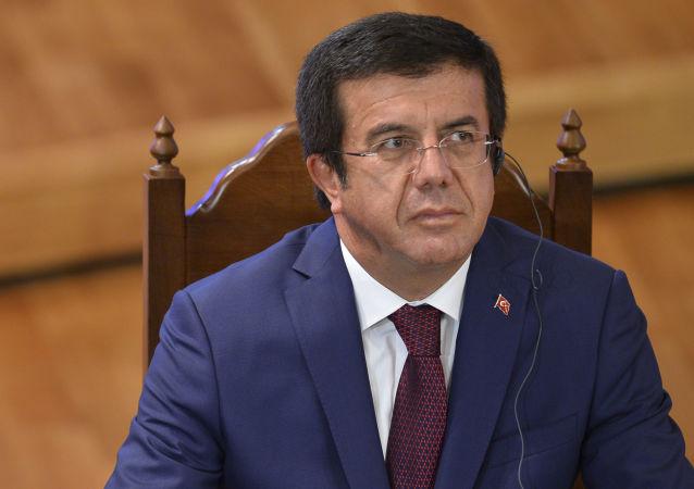 Turecki minister gospodarki Nihat Zeybekci
