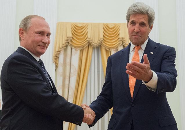 Kerry spotkał się z Putinem.