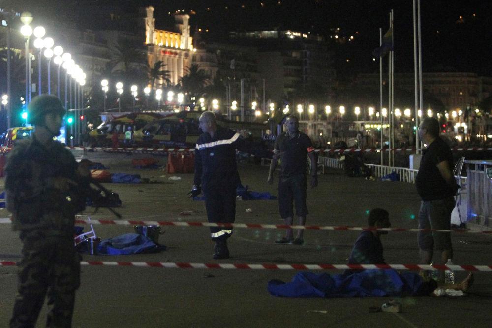 Promenada Anglików w Nicei po zamachu terrorystycznym.