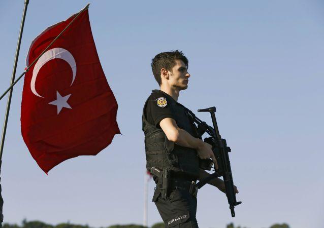 Turcja po nieudanej próbie puczu wojskowego