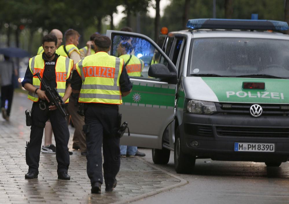 Zginęło co najmniej sześć osób. Wiele jest rannych.