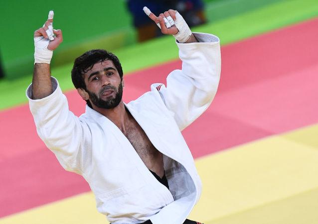Rosyjski judoka Besłan Mudranow