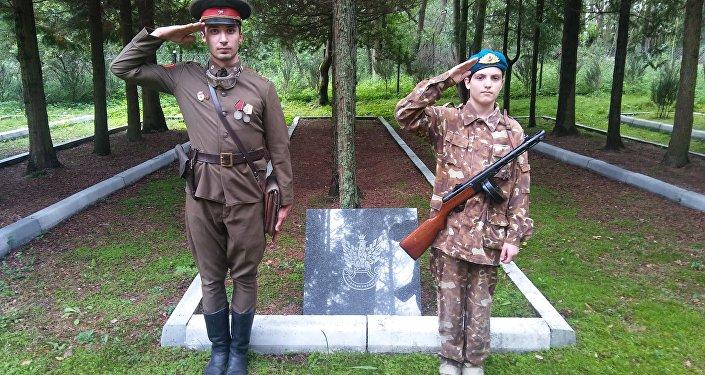 W dniach 5,6,7 sierpnia 2016 r. w Bornem Sulinowie odbył się zlot Braterstwa Polsko–Rosyjskiego w byłej bazie wojsk radzieckich, które stacjonowały tam od 1945 do 1992 r.