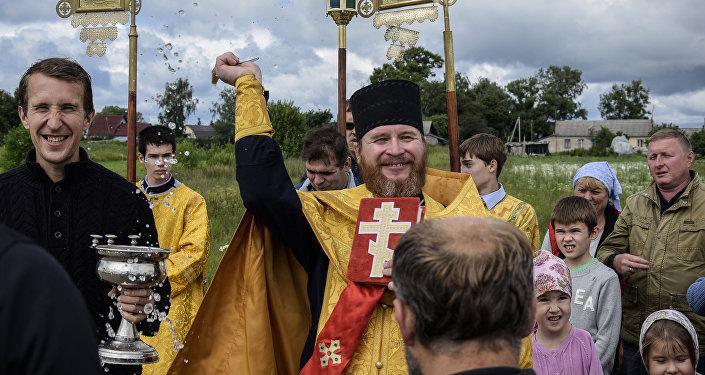 Procesja w rejonie łotoszyńskim obwodzu moskiewskiego.
