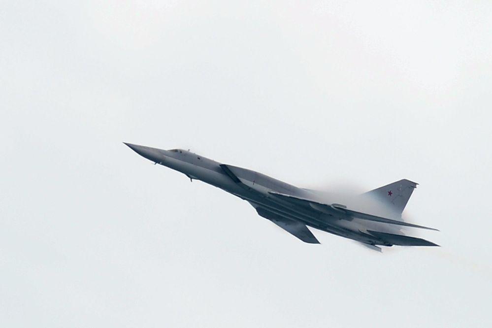 Tu-22M3 - rosyjski naddźwiękowe bombowiec. Został on zaprojektowany specjalnie do przewozu na pokładzie dużej liczby pocisków manewrujących dalekiego zasięgu, przeznaczonych do rażenia okrętów. Ostatnio jest wykorzystany przez Rosję do ataków w Syrii.