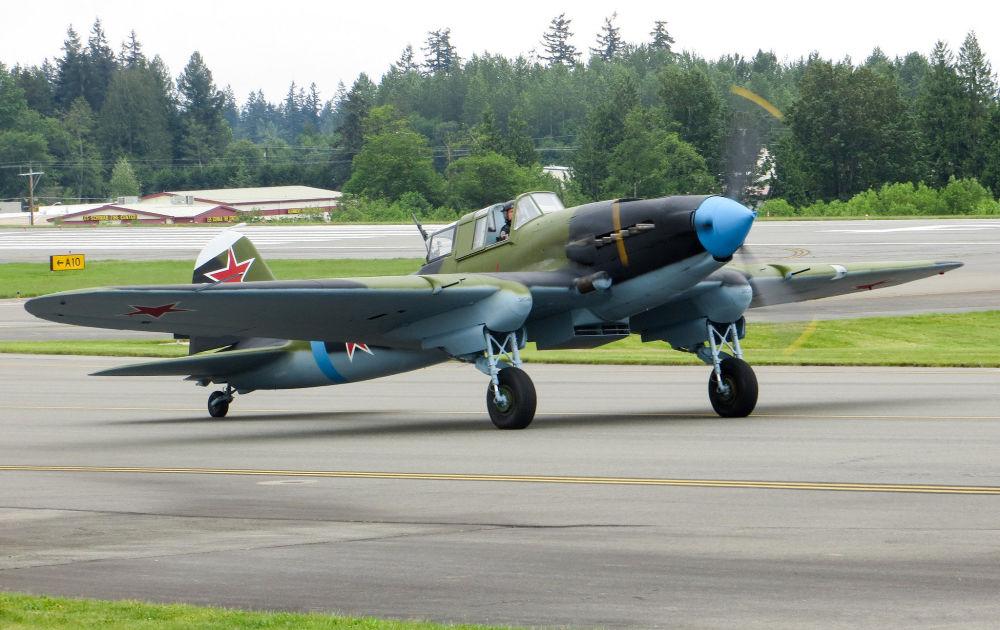 Ił-2 – radziecki samolot szturmowy, który brał udział we wszystkich kampaniach II wojny światowej. Jest najliczniej produkowanym samolotem wojskowym.