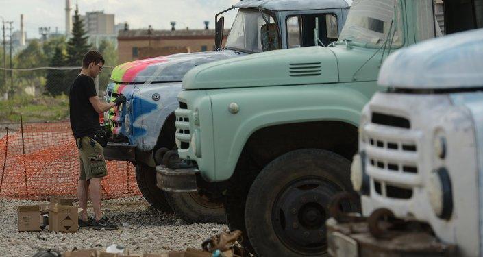 Ciężarówka ZIL.