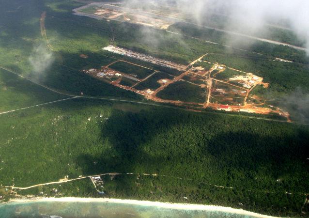 """Widok na bazę lotniczą USA """"Andersen"""" na wyspie Guam"""