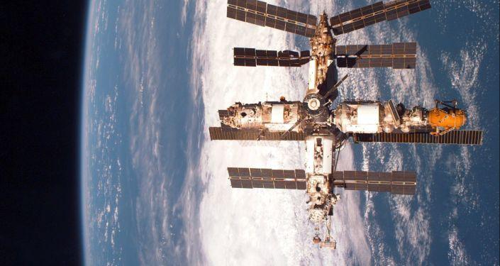 Stacja kosmiczna Mir