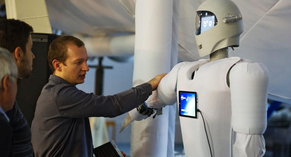 Pokaz nowego systemu Andronauta w Centrum Szkolenia Kosmonautów