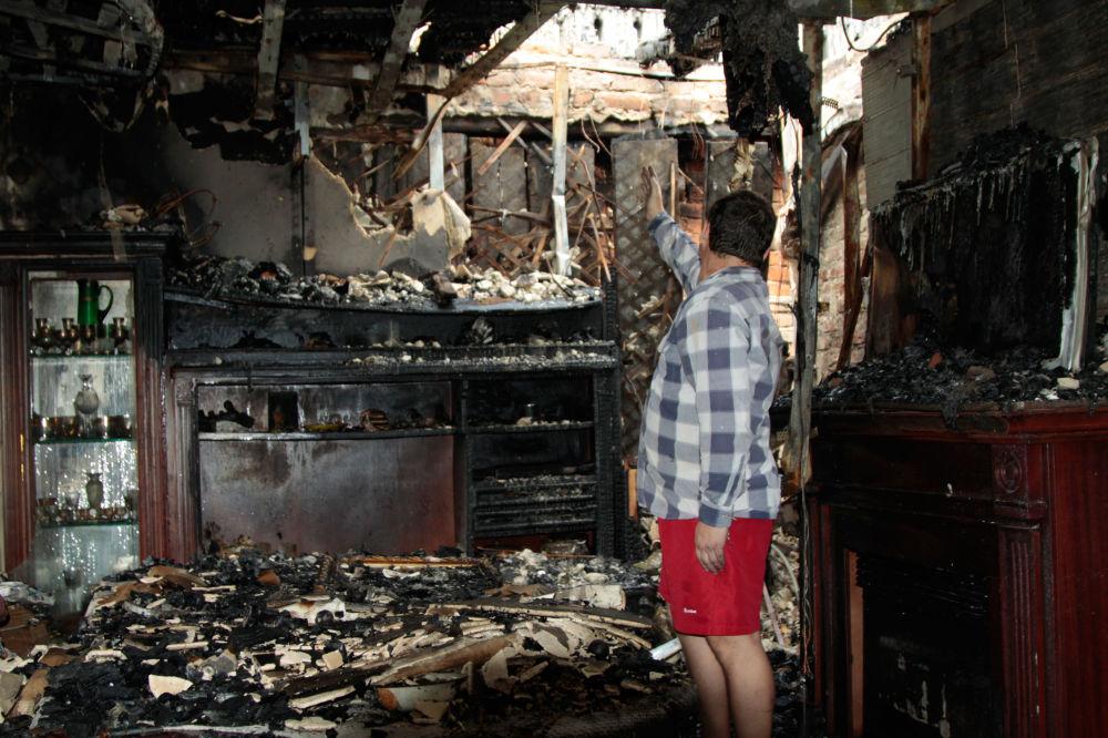 Skutki ostrzału miasta Jasinowataja w obwodzie donieckim