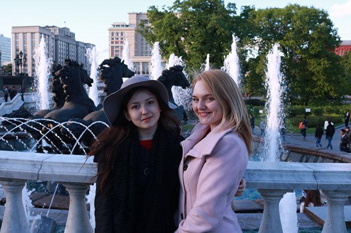 Z piosenkarką Uliashą, którą poznałam na Wiśle. Dzięki niej w roli przewodnika zobaczyłam wreszcie plac Czerwony.