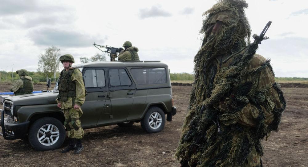 """Demonstracja sprzętu wojskowego w ramach Międzynarodowego Forum Wojenno-Technicznego """"Armia 2016"""""""