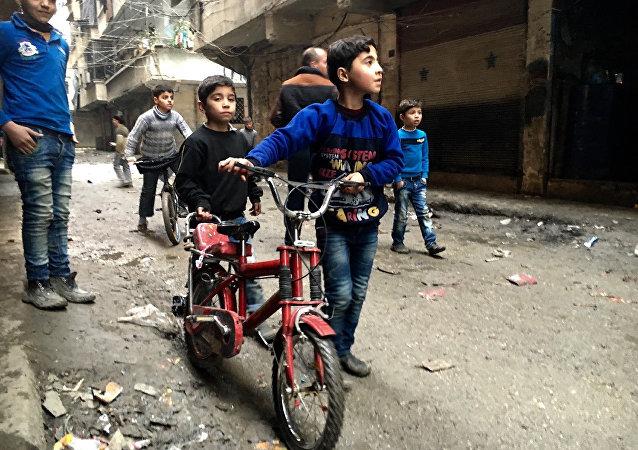 Dzieci w Nubel, na północy Aleppo
