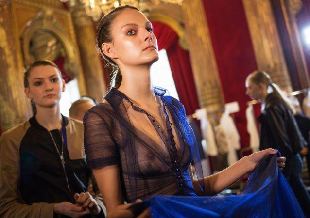 Kolekcja z Rosji rzuciła Paryż na kolana
