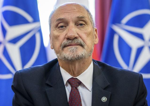 Minister obrony Polski Antoni Macierewicz