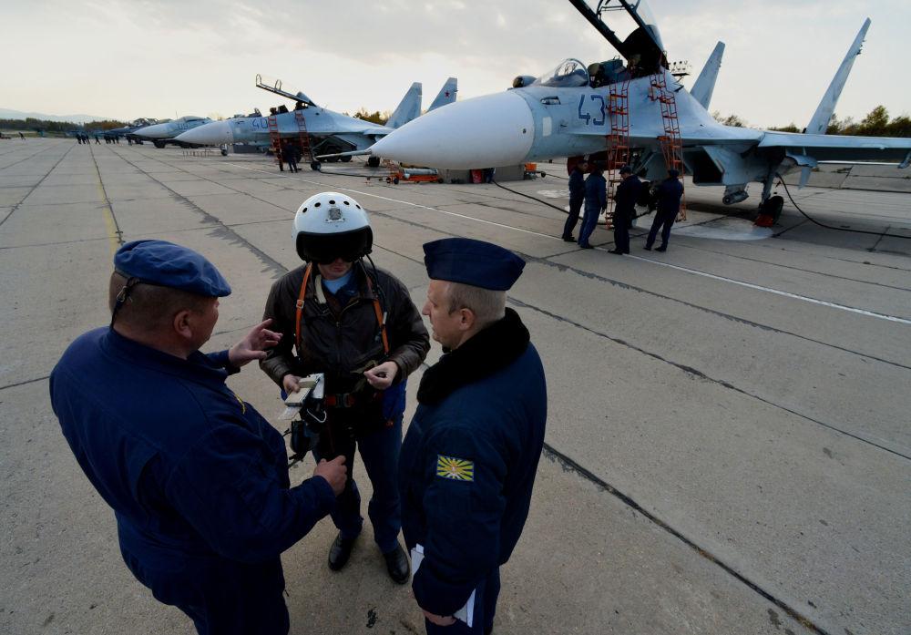 """Myśliwski pułk lotniczy bazuje na wojskowym lotnisku """"Centralnaja Ugłowaja"""" pod Władywostokiem"""