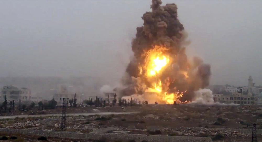 Wybuch od ataku bojowników na syryjskie siły rządowe. Aleppo.