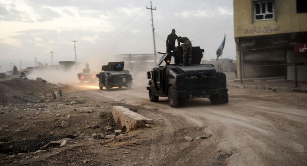 Irackie siły bezpieczeństwa w okolicach Mosulu