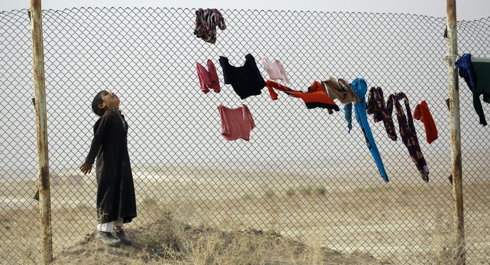 Tymczasowy obóz ONZ dla uchodźców w Mosulu