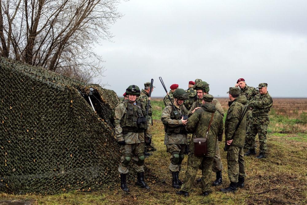 """Międzynarodowe manewry taktyczne """"Słowiańskie Braterstwo2016"""" odbywają się od 2 do 15 listopada pod Belgradem."""