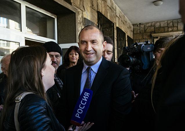 Generał Rumen Radev, kandydat na prezydenta Bułgarskiej Partii Socjalistycznej