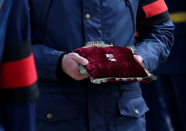 Ceremonia pożegnalna oficera sił specjalnych, bohatera Rosji Aleksandra Prochorenko, który zginął podczas wykonywania misji bojowej w Syrii