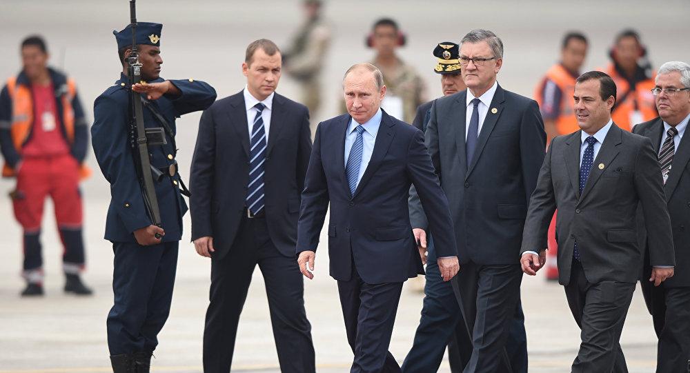 Prezydent Rosji Władimir Putin na szczycie APEC w Peru