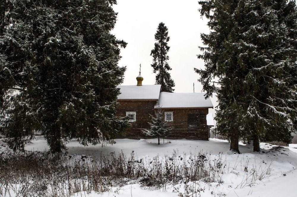 Kaplica Smoleńskiej Ikony Matki Bożej we wsi Kinierma rejonu priażinskiego Republiki Karelii