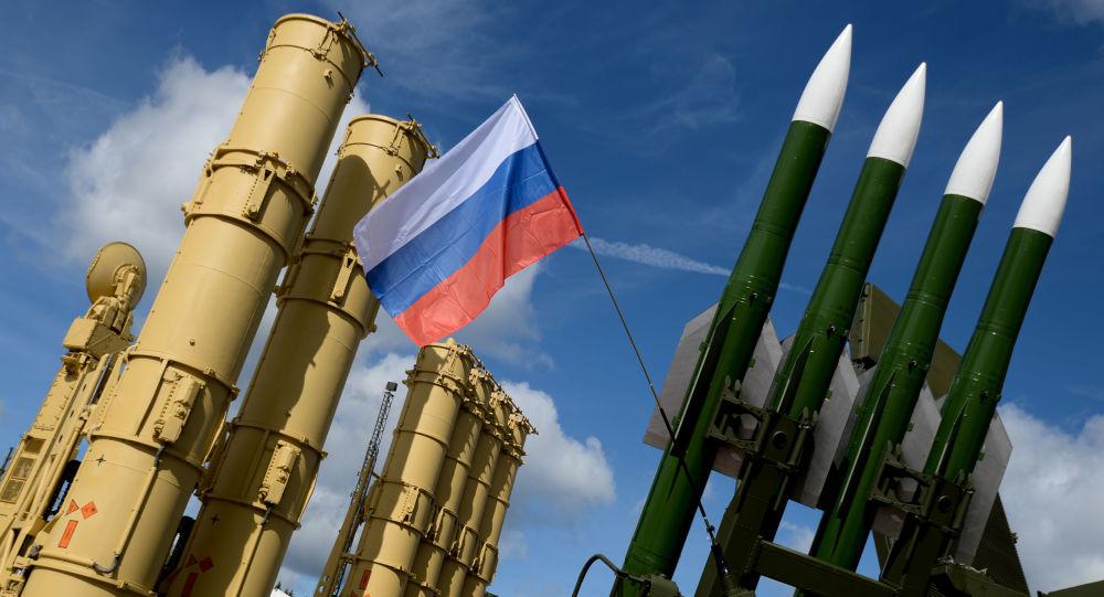 Przeciwlotniczy system rakietowy Antej-2500 i przeciwlotniczy system rakietowy Buk-M2E
