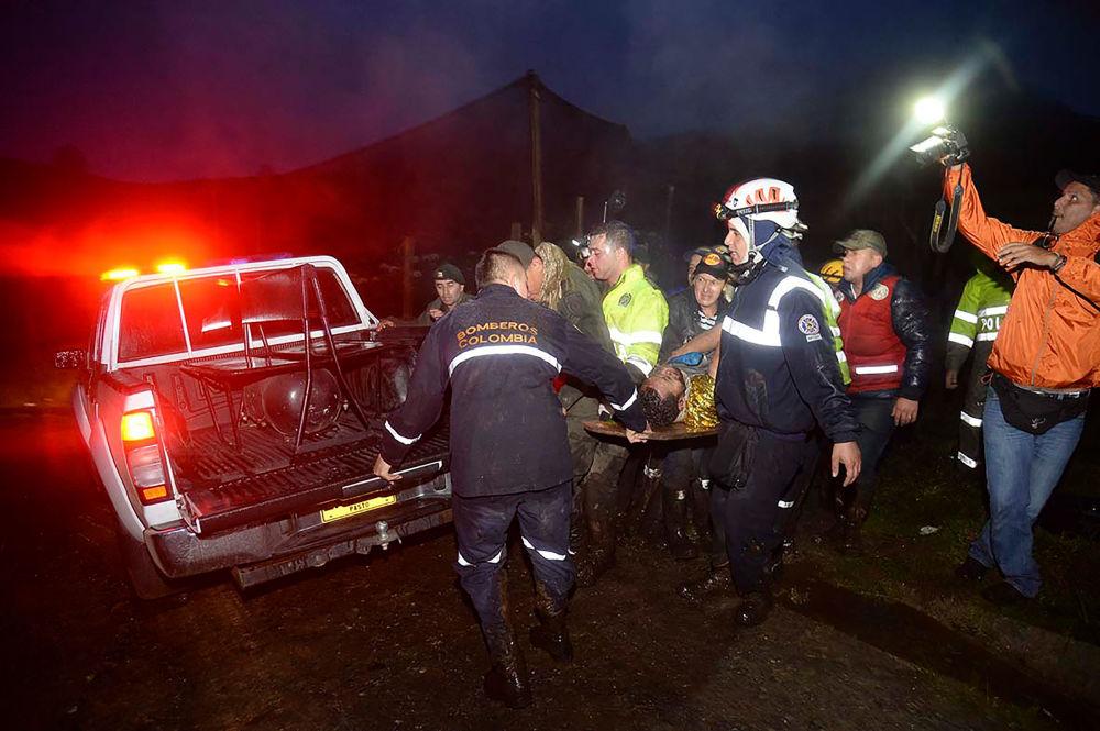 Samolot przed utratą łączności zgłaszał usterki w sprzęcie elektrycznym.