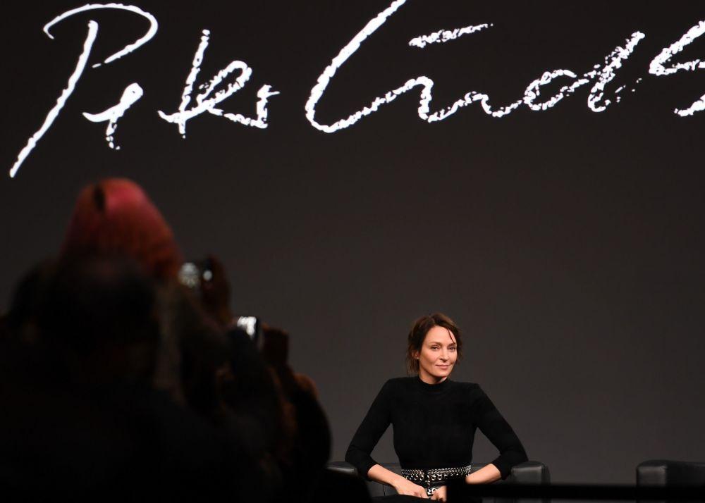Aktroka Uma Thurman na prezentacji kalendarza Pirelli 2017
