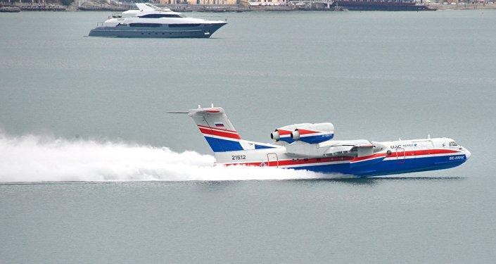 Rosyjski samolot amfibia Be-200CzS