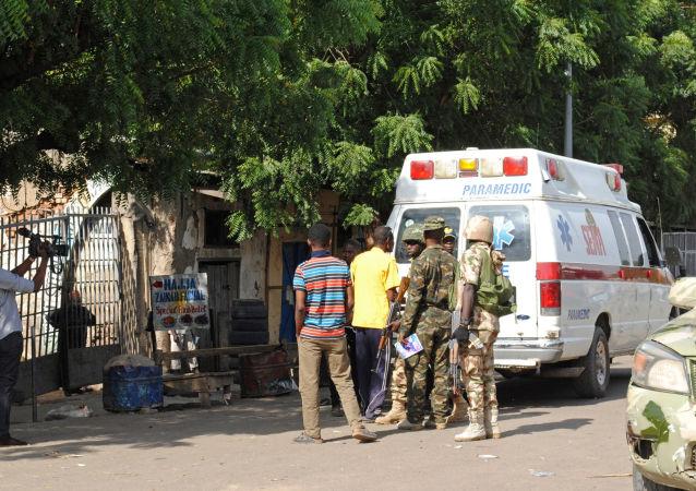 Co najmniej 3 osoby zginęły, a 17 zostało rannych w samobójczym ataku dwóch dziewczynek na rynku w mieście Maiduguri na północnym wschodzie Nigerii