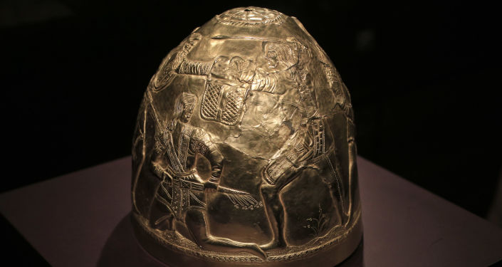 Hełm z kolekcji złota Scytów, wystawionej w muzeum w Amsterdamie