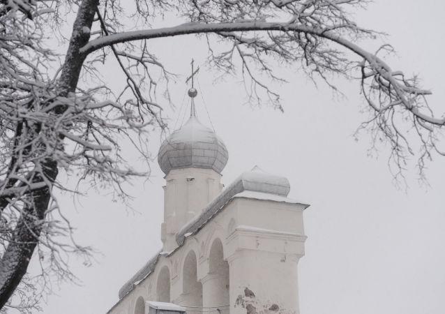 Dzwonnica w parku kremlowskim