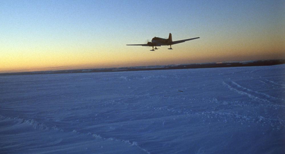Samolot Ił-18