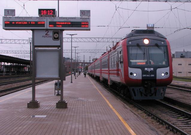Koleje Łotewskie zapłacą grzywnę za informowanie pasażerów w języku rosyjskim