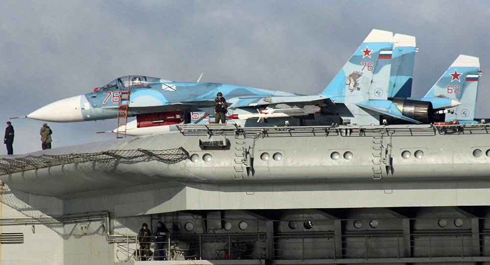 Su-33 na pokładzie Admirała Kuzniecowa