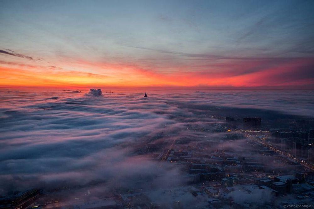 Panorama Moskwy z tarasu widokowego wieży telewizyjnej Ostankino