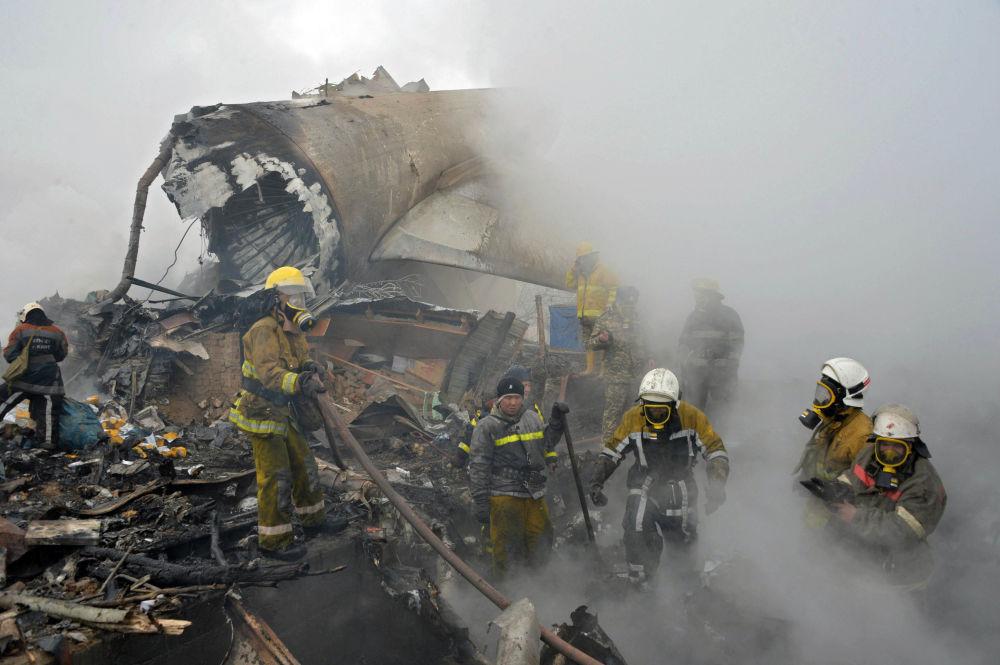 Lotnisko Manas, na którym rozbił się samolot, będzie zamknięte do czasu podjęcia przez krajowe władze odpowiedniej decyzji.
